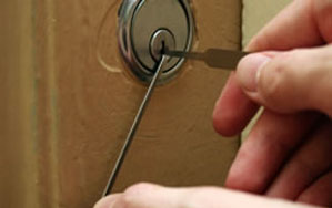 Door locks Ealing